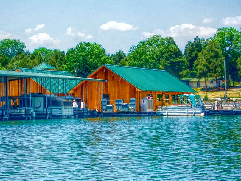 Henrys restaurant on Norris Lake